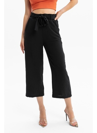 Tiffany&Tomato Beli Kuşaklı Bol Paça Aerobin Midi Pantolon Siyah